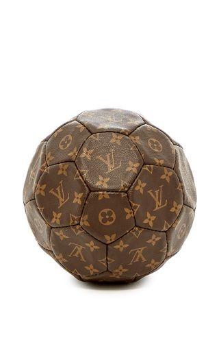 Mantiques Modern Louis Vuitton Soccer Ball Made For The 98 World Cup Soccer Ball Soccer World Cup