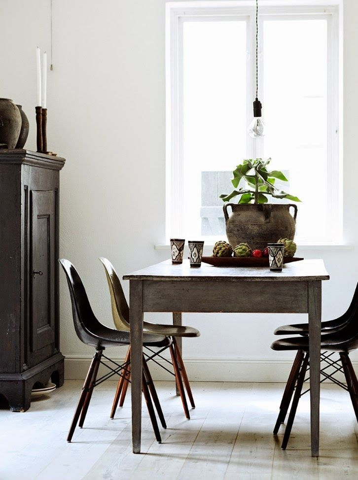 Modern (Eames Chairs In Earth Tones) Paired With Farmhouse Table . For My  Kitchen. From The Stuff Of LIfe By Hilary Robertson, Photography By Anna  Williams