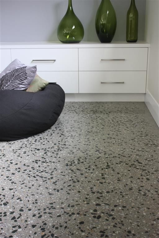 Polished concrete floor with mawsons pyramid hill and lake for Exposed concrete floor