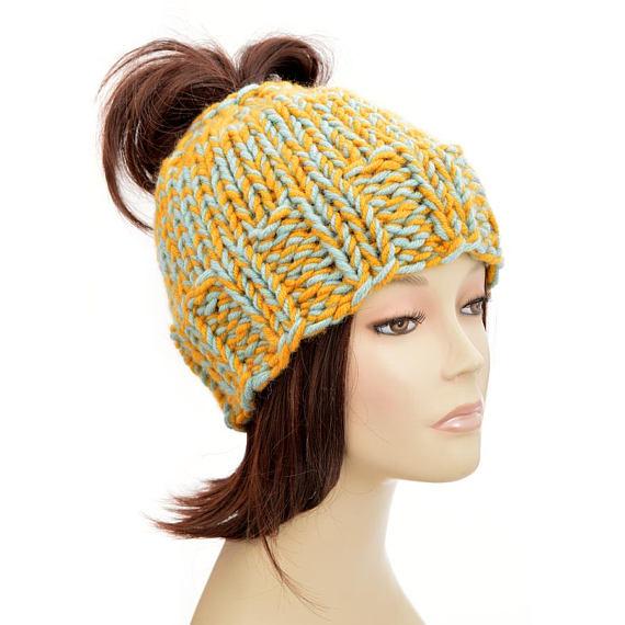 138f860c615 Super Warm Ponytail Hat