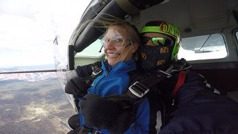 Photos For Skydive The Grand Canyon Photo Grand Canyon Person