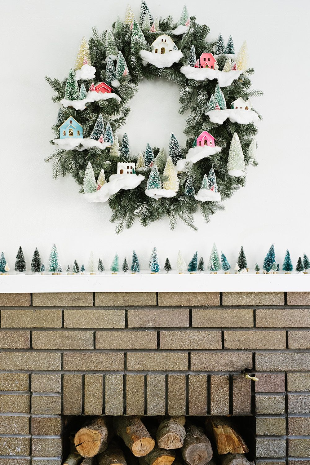 15 Beautiful Ways To Decorate With Bottlebrush Trees This Christmas Christmas Wreaths Christmas Decorations Christmas