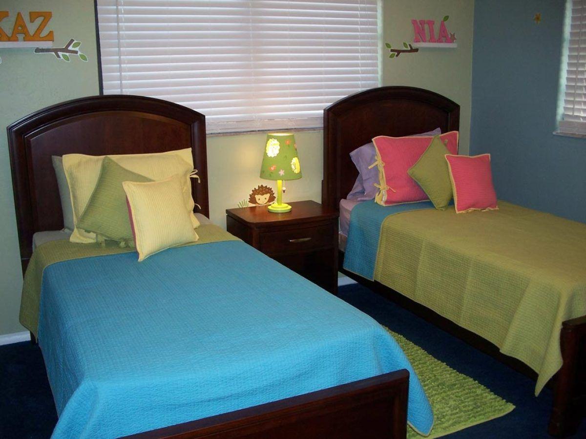 C mo crear un mural para un cuarto de ni os kids bedroom for Decoracion de dormitorios de ninas