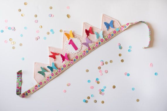 arco iris cumpleaños corona - mariposas - fieltro fiesta de cumpleaños de waldorf