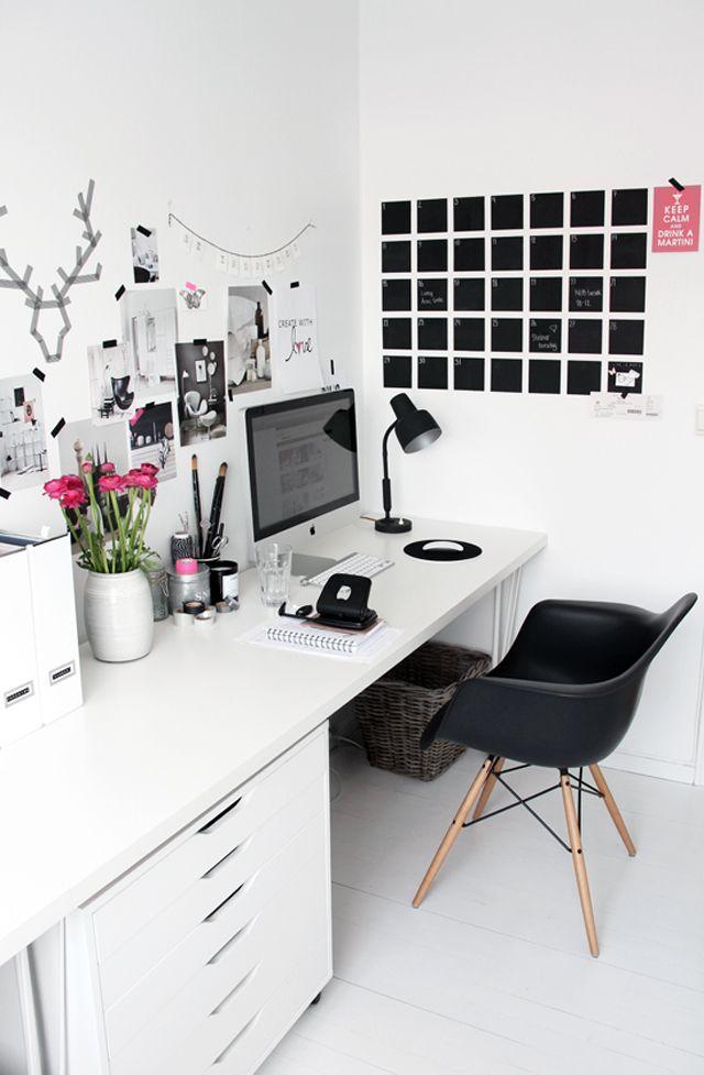Slomo MEIN BÜRO (UND EIN PAAR LIEBLINGSSCHREIBTISCHE) HOME - hausliches arbeitszimmer gestalten einrichtungsideen