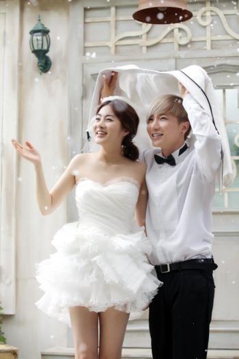 Dimple Couple Wedding Pictorial Super Junior Leeteuk Eunhyuk