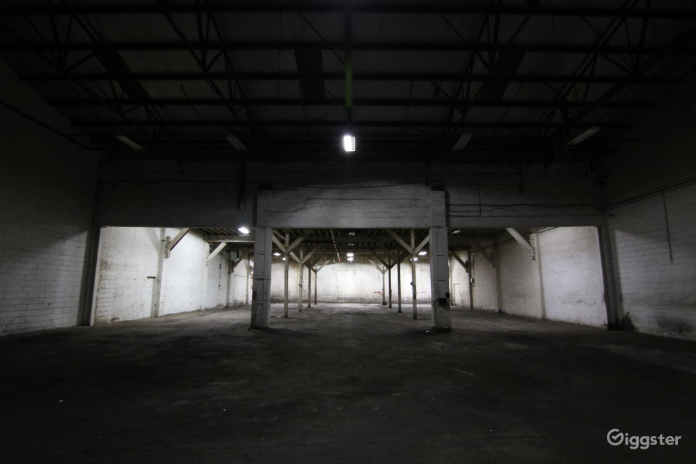Industrial Raw Warehouse In Sunset Park Rent This Location On Giggster Greenwood Cemetery Warehouse Locations