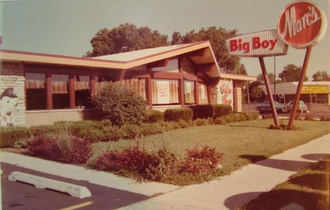 Craigslostchicago Big Boy Restaurants Big Boys Outdoor Decor