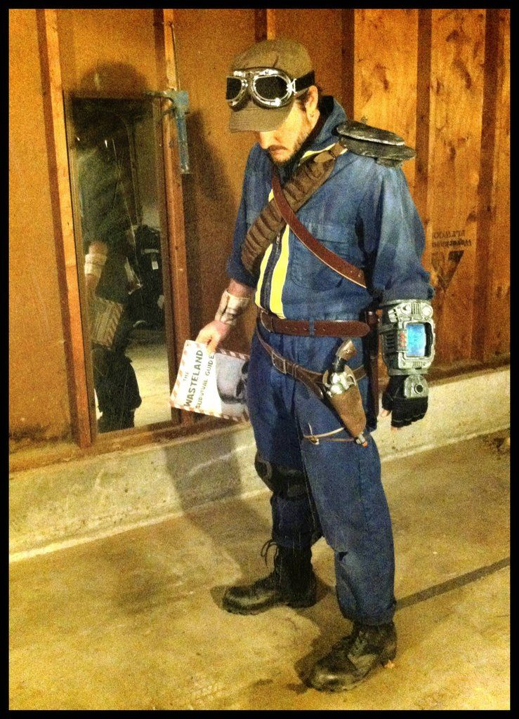 Armored Vault Suit Wasteland Costumes