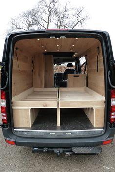 Mercedes Sprinter Camper Met Eiken Interieur Groot Bed 1