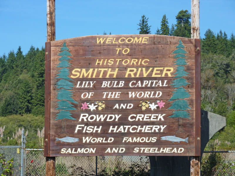 Smith River California Nearby Campgrounds And Rv Parks Rv Parks River Crescent City Ca