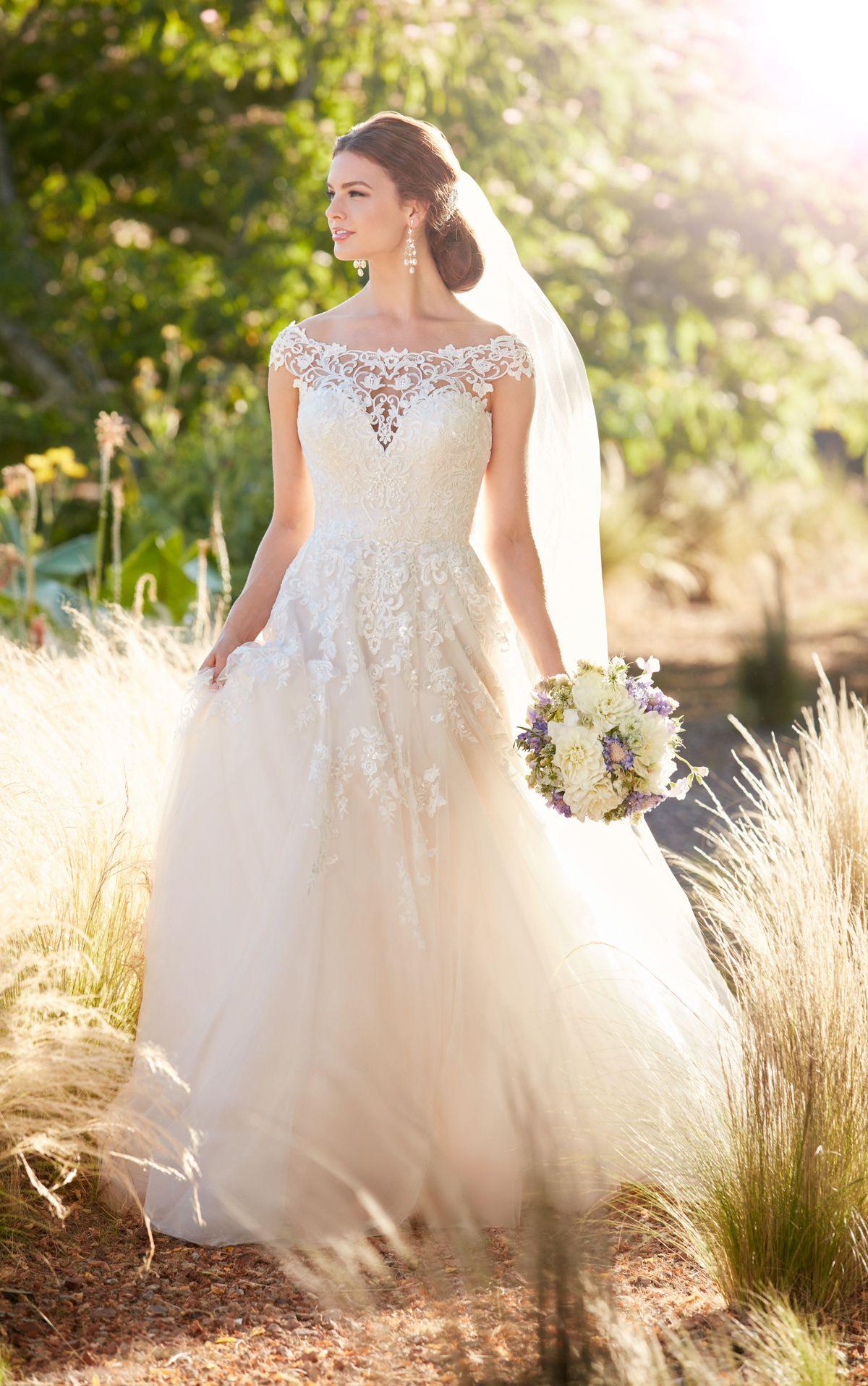 Brautkleid Mit Hochgeschnittenem Ausschnitt | Kleid aus spitze ...