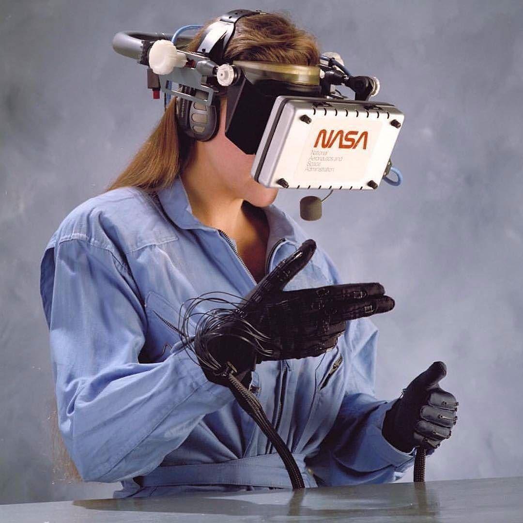 NASA's Virtual Visual Environment Display 1989 // @nasa #nasa ...