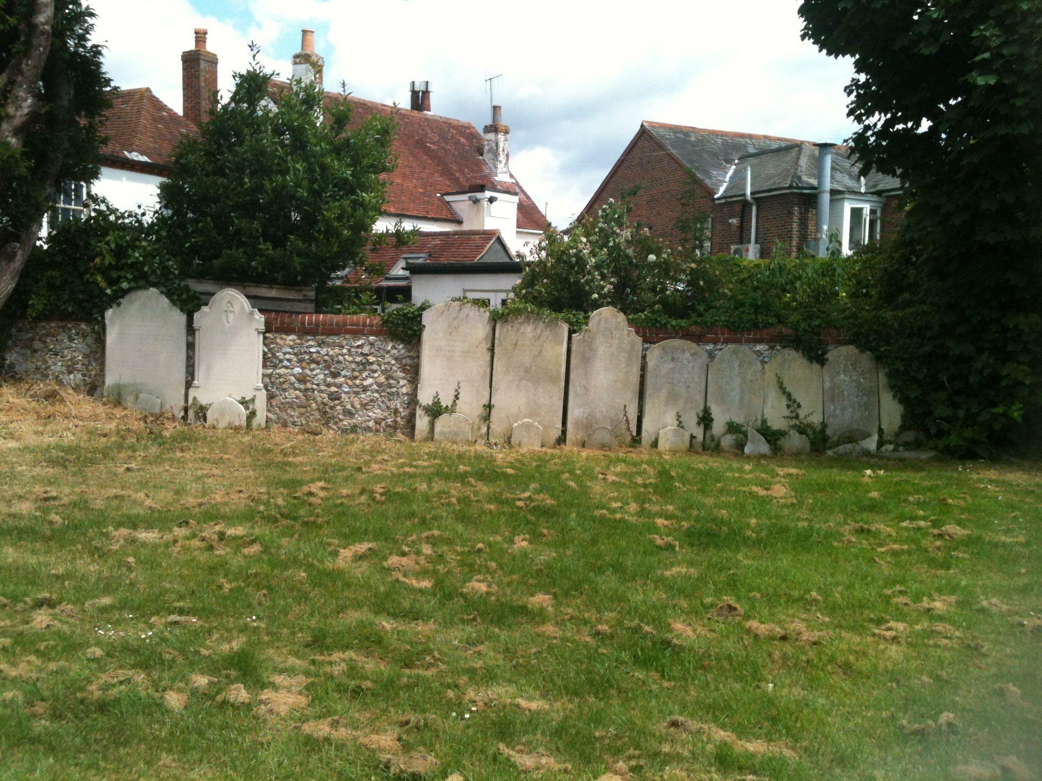 Ensworth churchyard hampshire