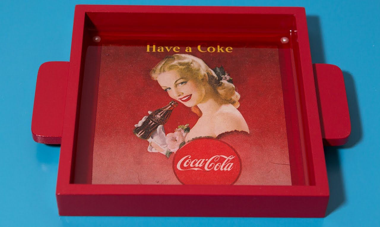 Artesanato em MDF Bandeja Vintage-Retrô Coca Cola com Vidro Líquido