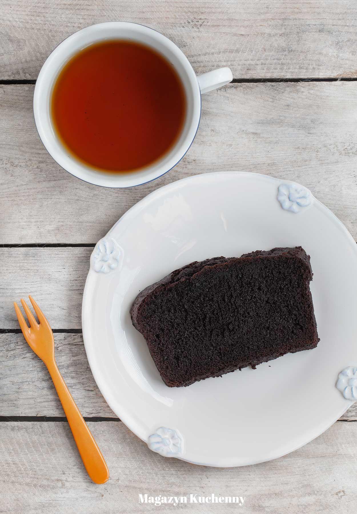 Cudownie puszyste i wilgotne ciasto czekoladowe z kakao
