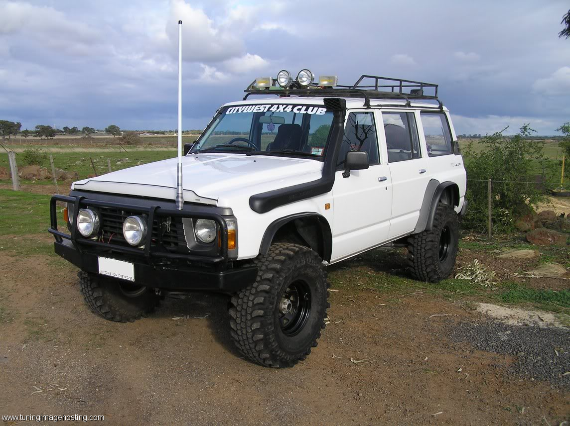 nissan patrol gr wagon 4wd hot rides pinterest. Black Bedroom Furniture Sets. Home Design Ideas