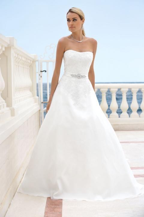 http://www.jils-bride.de/index.php/brautmode/ladybird   Wedding ...