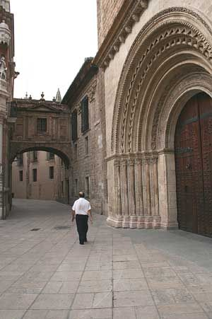 The Cathedral we view today in Valencia was started about 1261/62 AD and has had a number of modification, and additions since that time. The three doorways to the cathedral give testament to these changes as each doorway is decorated in a distinct style.  valencia cathedral Palau doorway