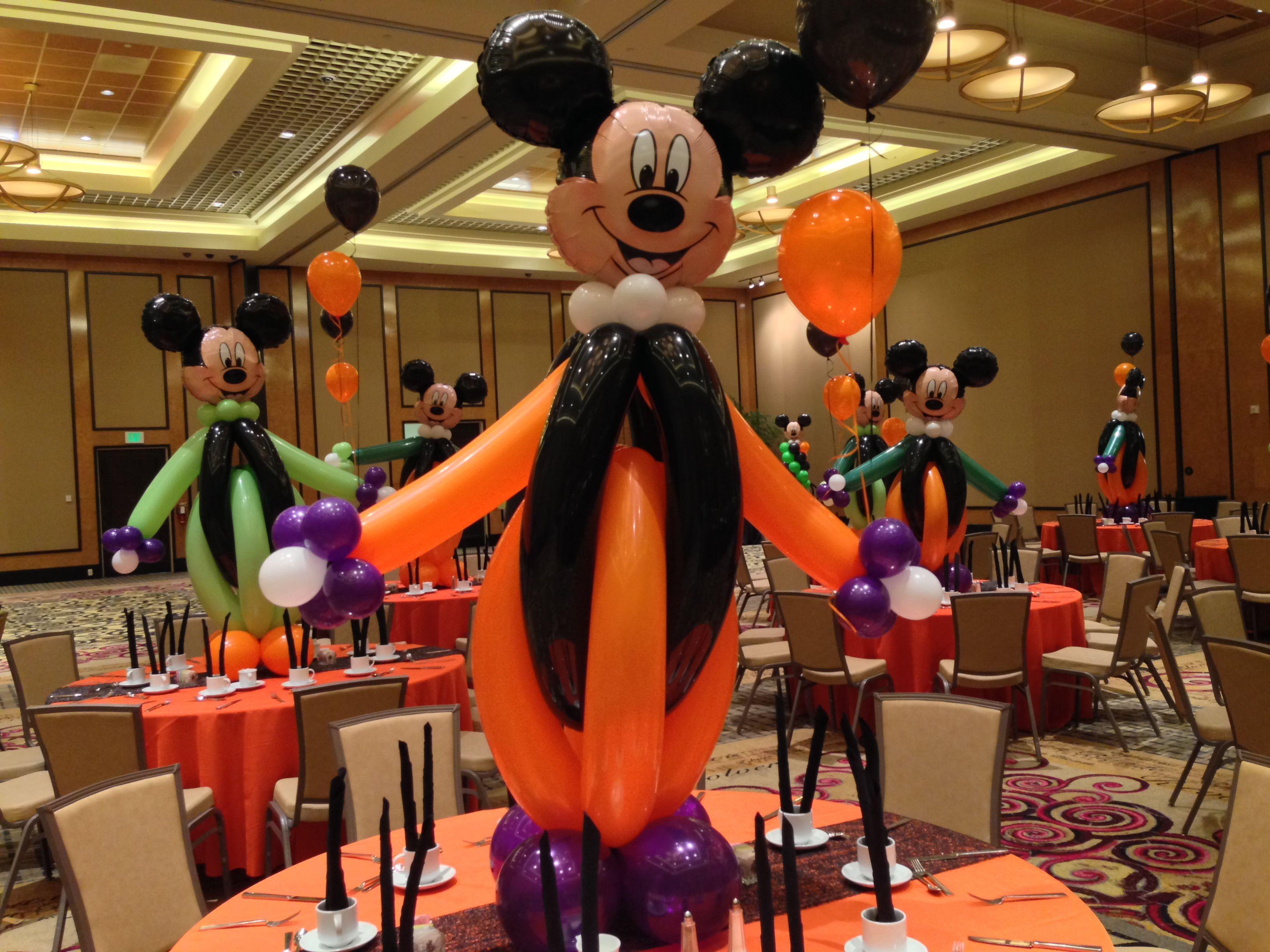 Mickey theme centerpiece, Mickey balloon sculpture, Mickey mouse ...
