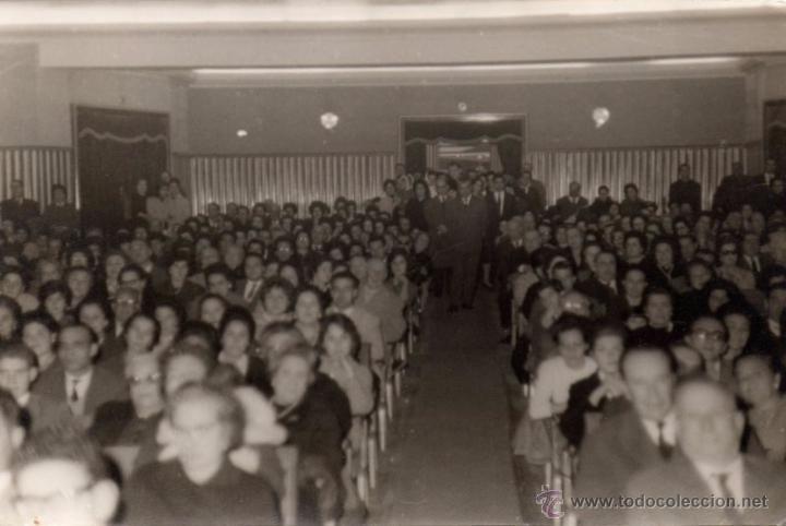 SEVILLA, AÑOS 50, INTERIOR CINE TRAJANO,180X120MM - Foto 1