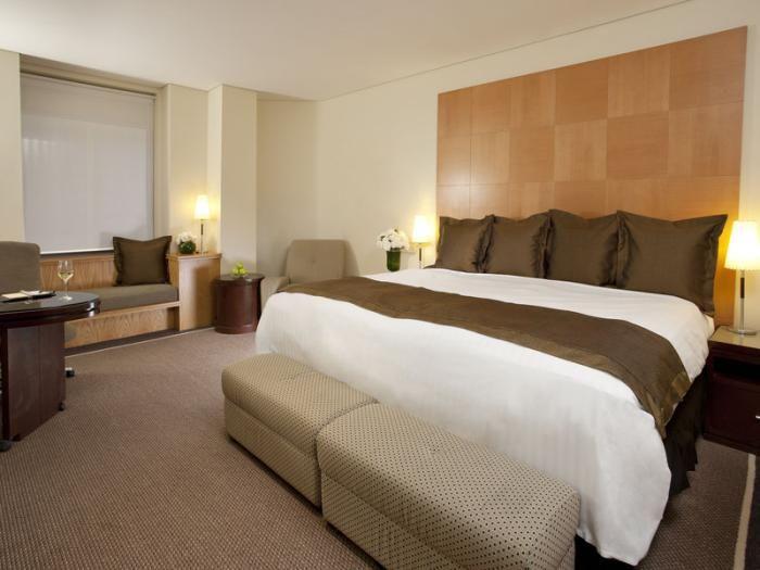 Radisson Blu Plaza Hotel Sydney Atrium Room