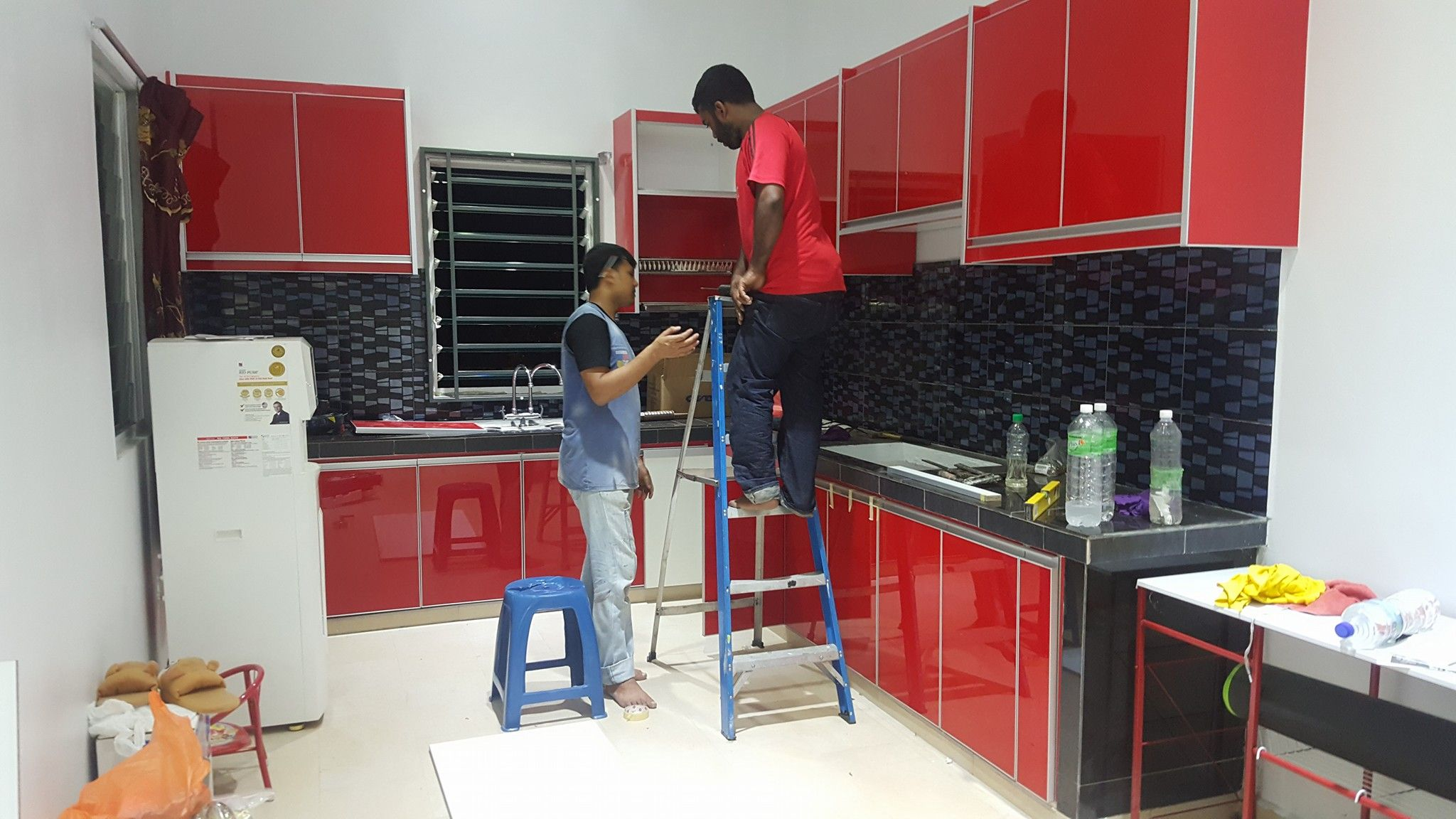 Kabinet Dapur Kitchen Cabinet Design Red Cabinets Shah Alam
