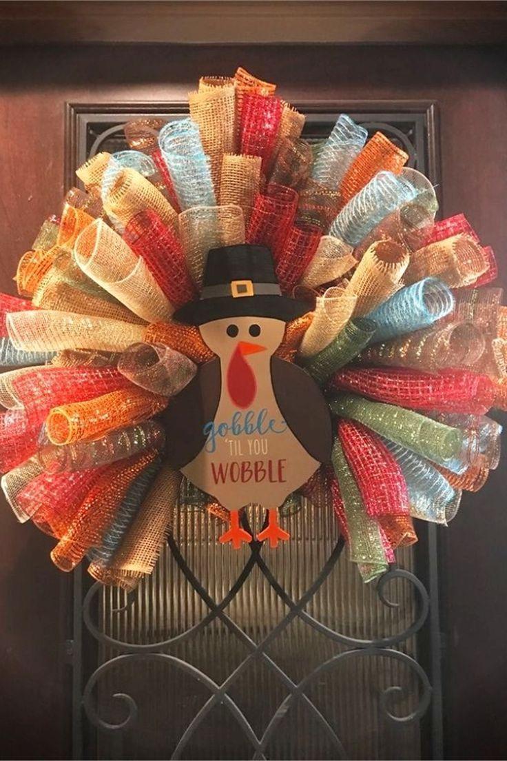 Diy Door Wreath #thanksgivingdecor Fall Thanksgiving DIY Decorating Ideas - I LOVE fabric crafts…