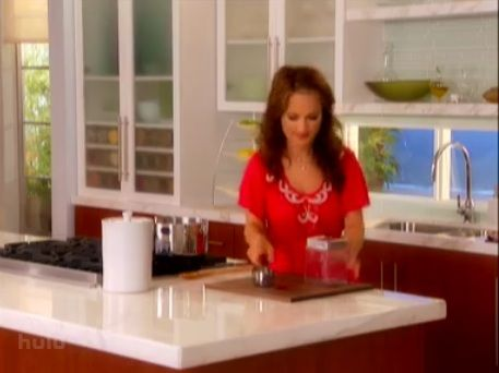 Where To Find Some Of The Things Giada Uses On Her Show