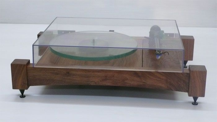 Audiowood : Turntables by Joel Scilley