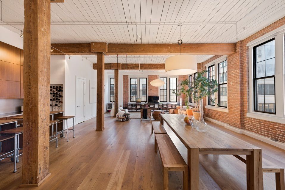Hotelier Ian Schrager snags a dreamy $4M Dumbo condo