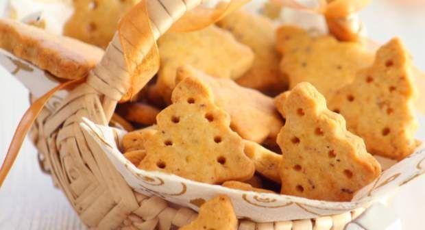 Biscuits, sablés, et petits gâteaux : 150 recettes pour se régaler #sabledenoel Butterplätzchen - Sablés de NoëlVoir la recette des Butterplätzchen - Sablés de Noël >> #sabledenoel