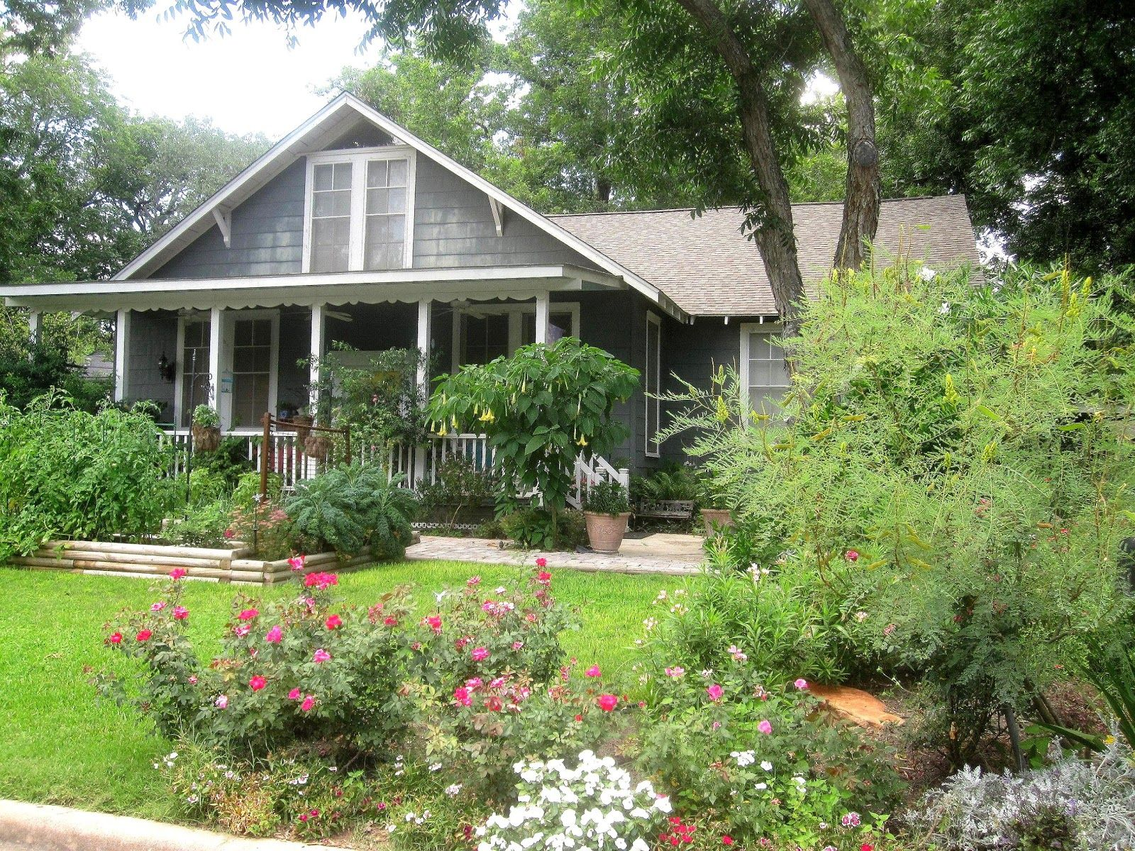 Large 15 Front Yard Cottage Garden Ideas On Cottage Gardens Can