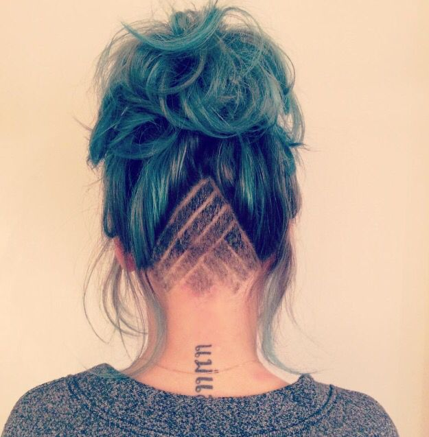 Shaved nape patterned shave pattern undercut hair