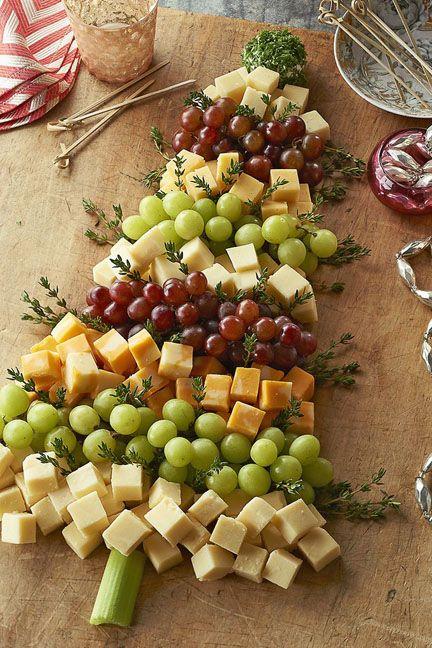 [Christmas] Christmas Tree Cheese Board via @phillycanada