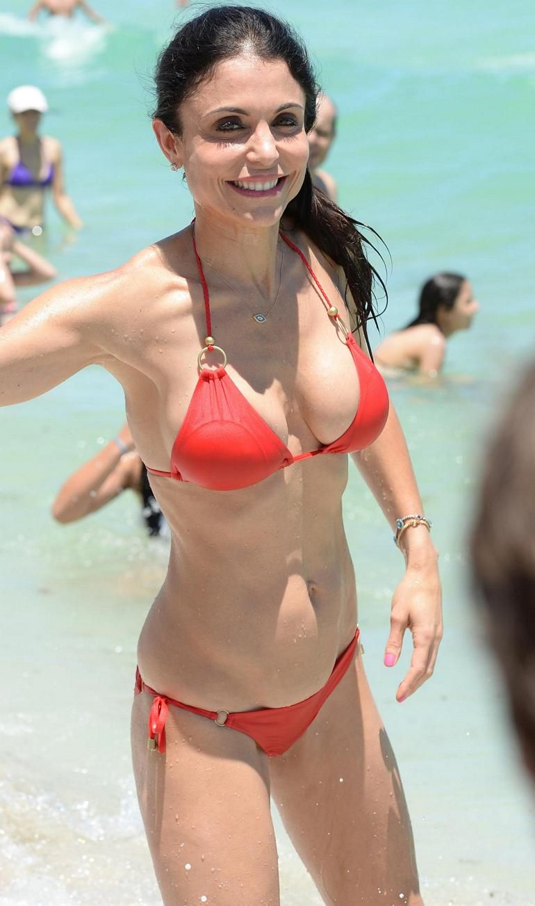 bethenny frankel bikini red miami