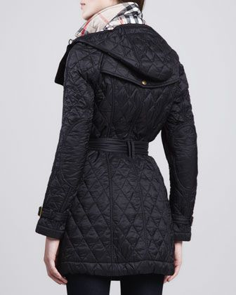 Burberry Finsbridge Hooded Quilted Jacket Quilted Jacket Jackets Black Outerwear