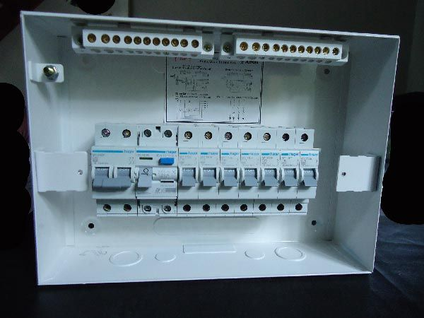 mcbs and the rcd fixed on to the din rail this is easily being done rh pinterest com RC Wiring Diagrams rcd board wiring