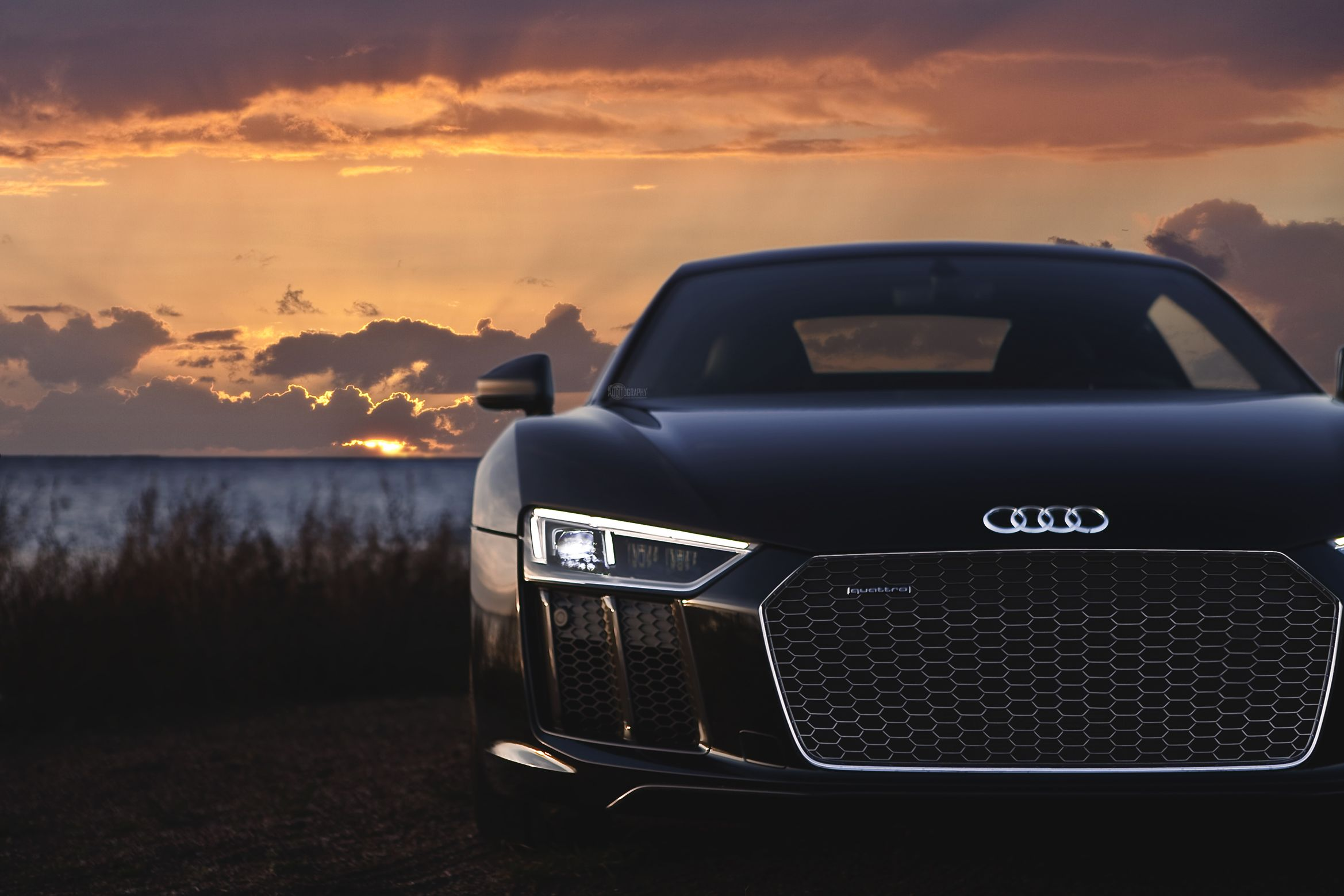 Your Ridiculously Awesome Audi R8 Wallpaper Is Here Audi R8