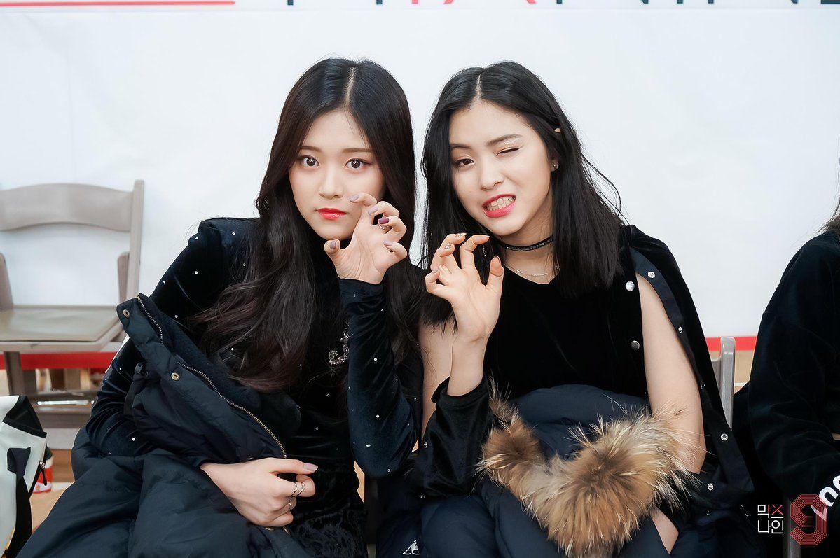 Pin Oleh Alice Kim Di Loopd Wanita Gambar Korea