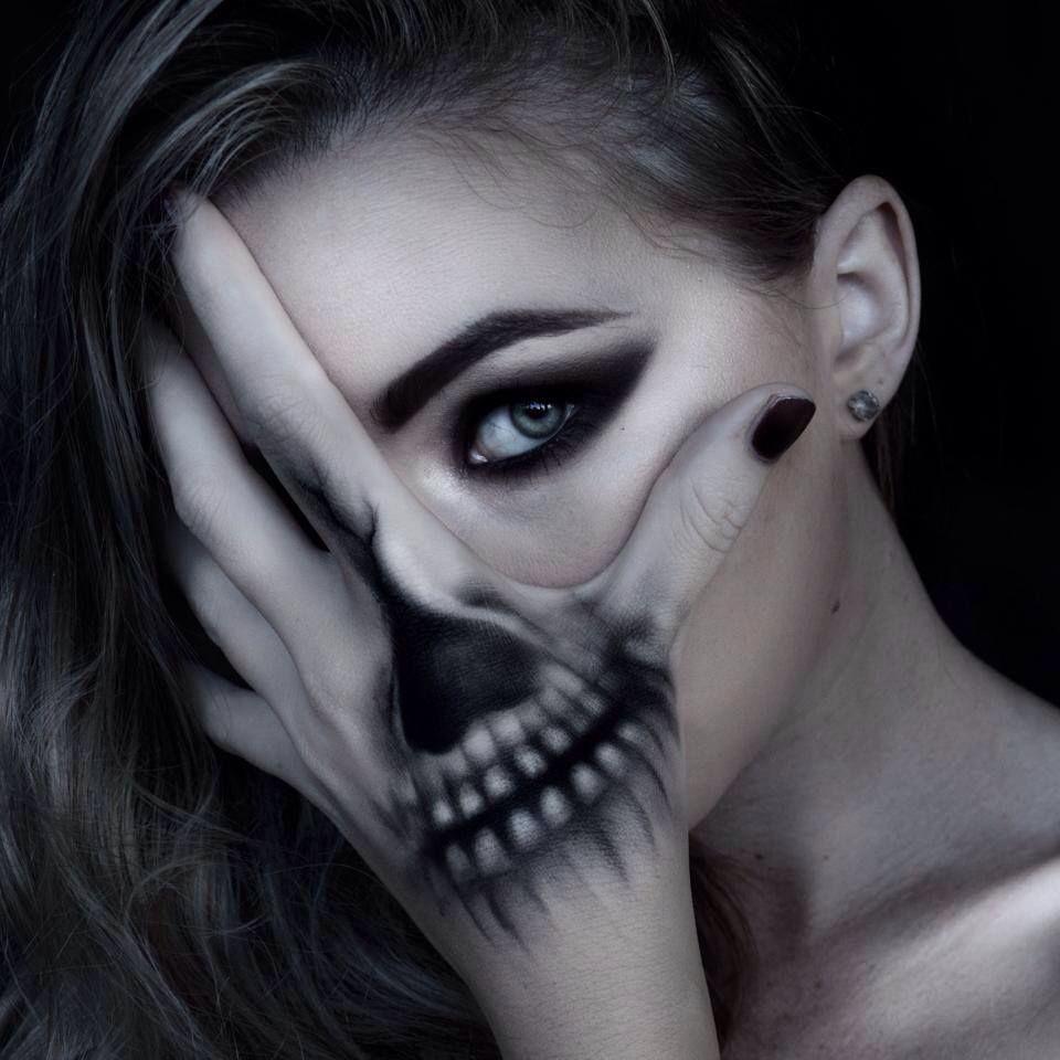Skull hand make up would be a cool tat | tattoo ideas | Pinterest ...