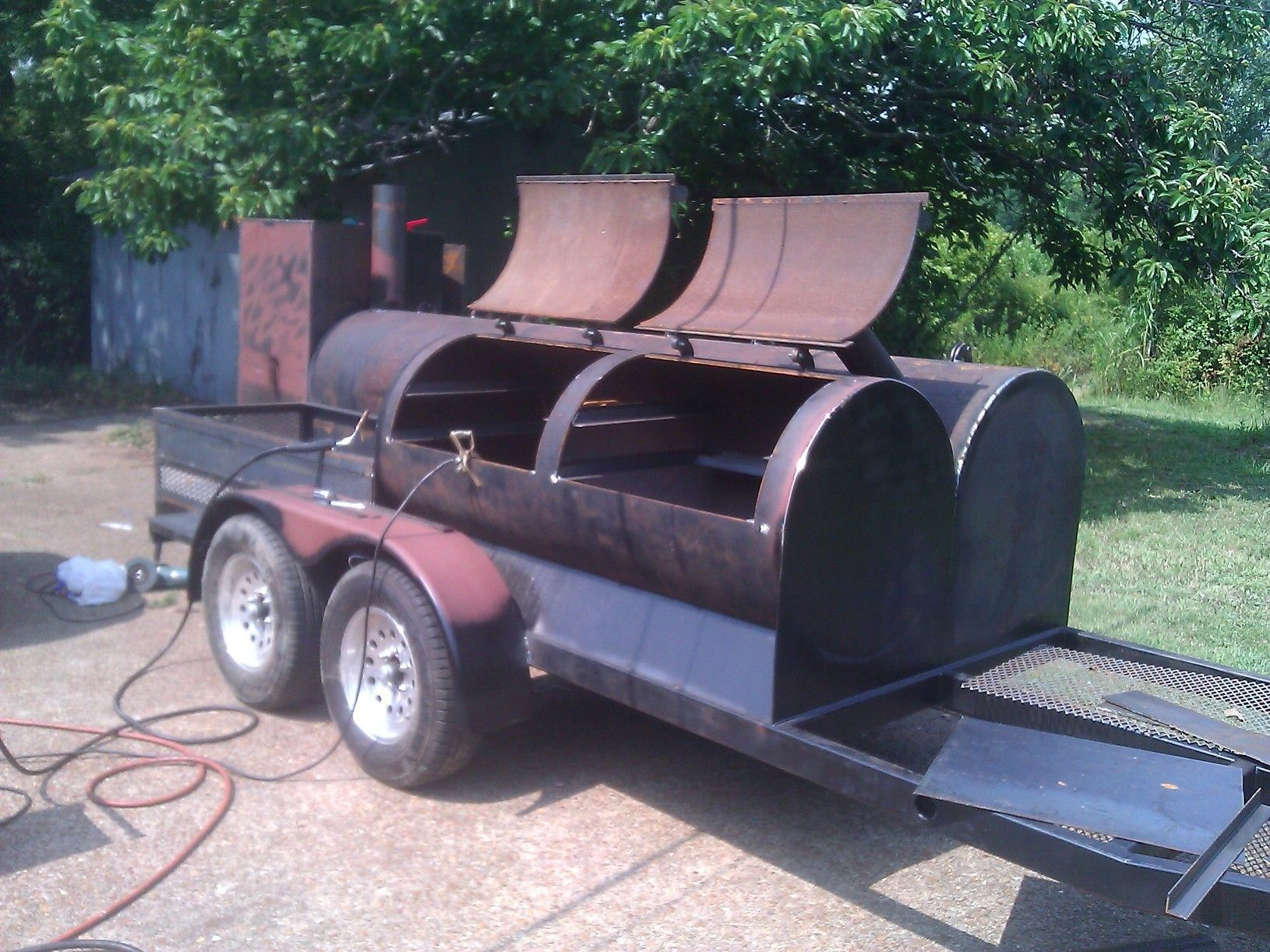 the fun continues welding bbq smoker if bbq ain u0027t king it