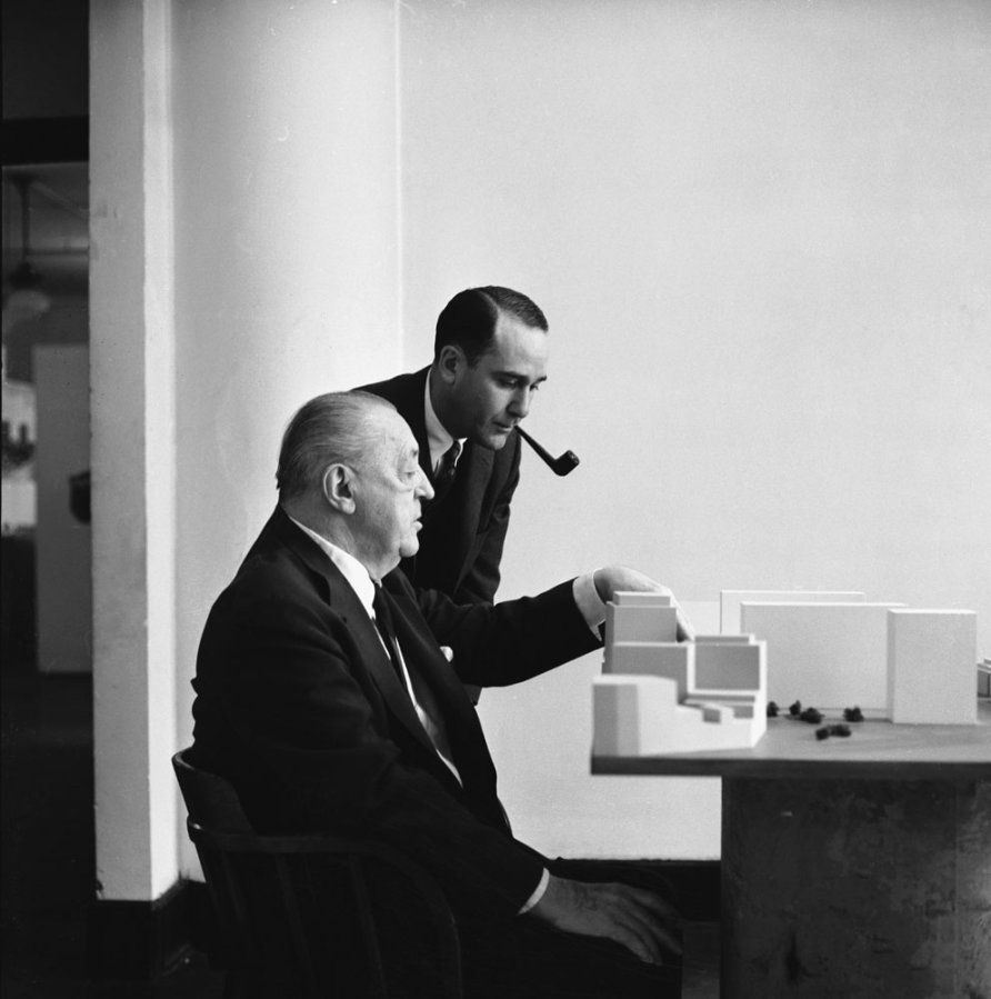 Realtor Herbert Greenwald And Architect Mies Van Der Rohe Consider A Model  Of A Mies Building