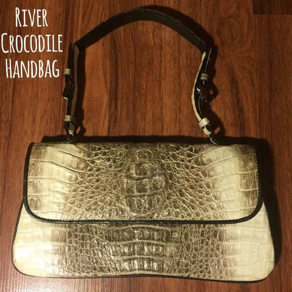 100 Genuine Crocodile Handbag Here Is A Authentic Skin From Brand River Not Island Cream And Gray In Color With Silver