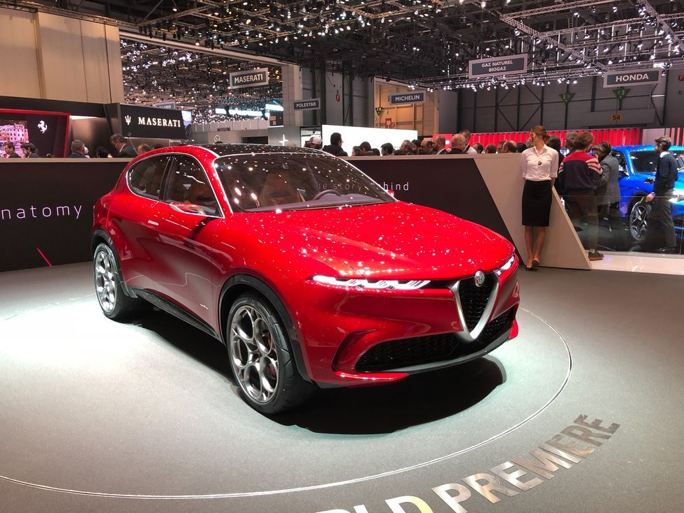 2021 Alfa Romeo Tonale What We Know So Far Alfa Romeo Stelvio Alfa Romeo Sports Cars Luxury