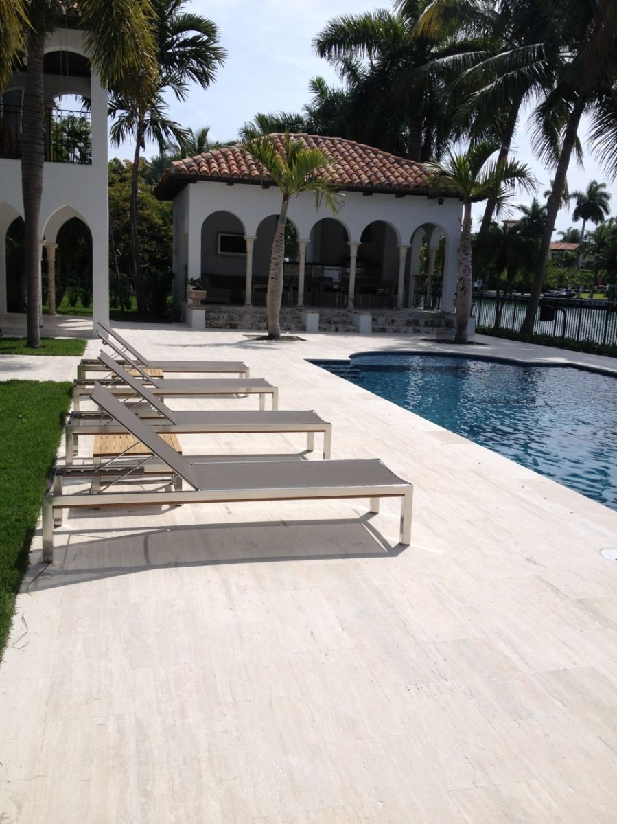 "pool deck featuring 12"" x 24"" coliseum stone rustic travertine, Gartengerate ideen"