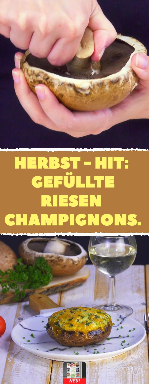 Nicht nur als witziger Hut geeignet: gefüllte Riesen-Champignons. #herbst #rezept #rezepte #champignons #gefüllt #herbstgerichte