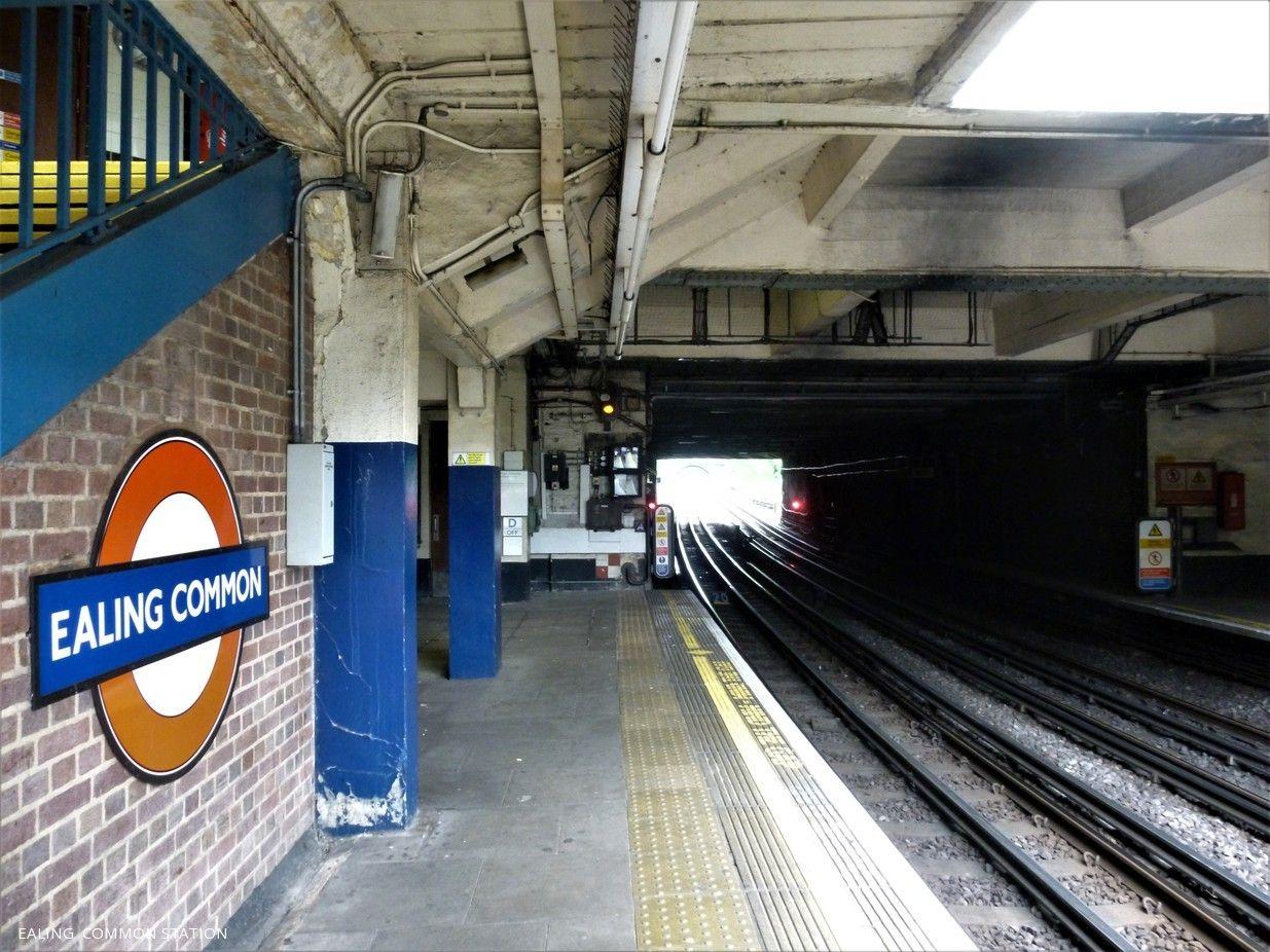 Ealing Common Station London Underground Ealing Underground