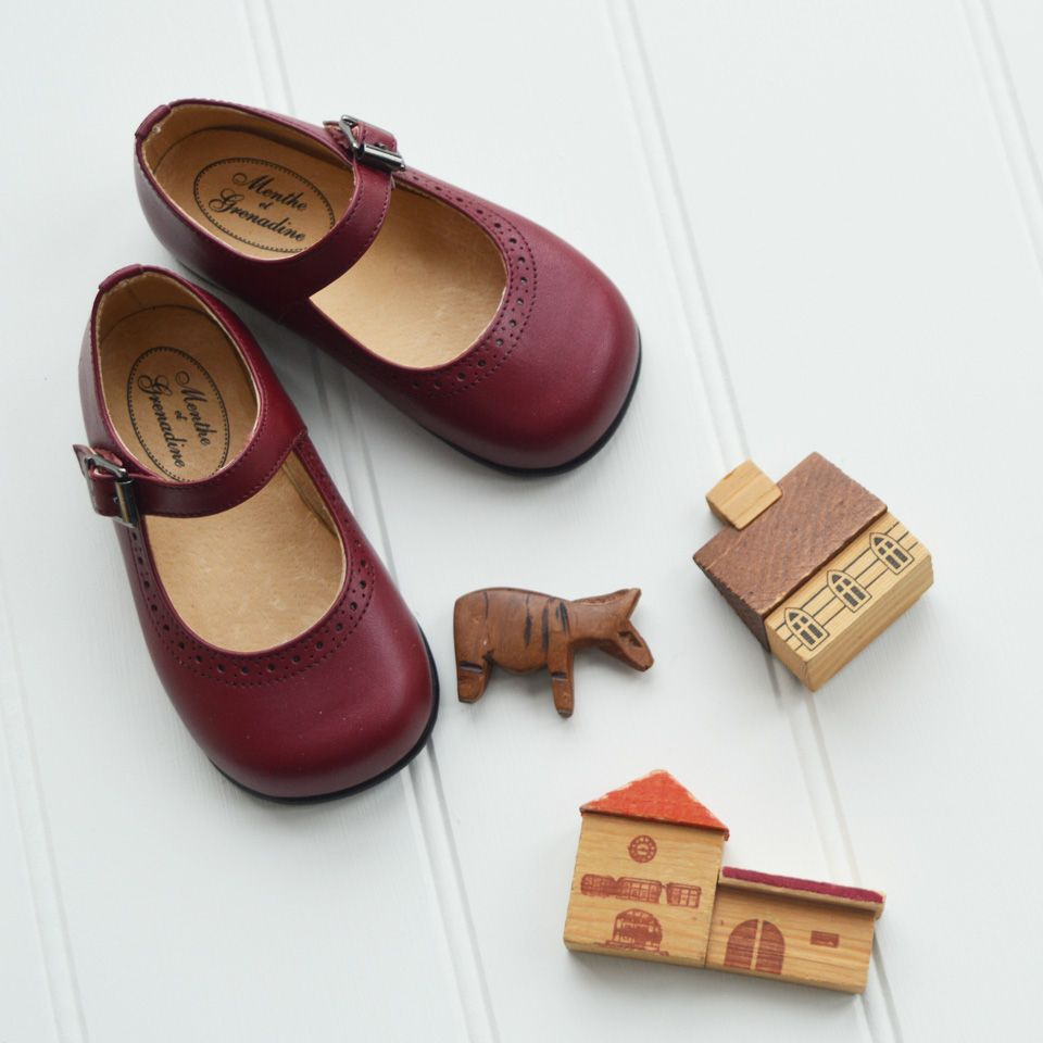7480b7008893 Classic red leather shoes for girls by www.menthe-et-grenadine.com ...