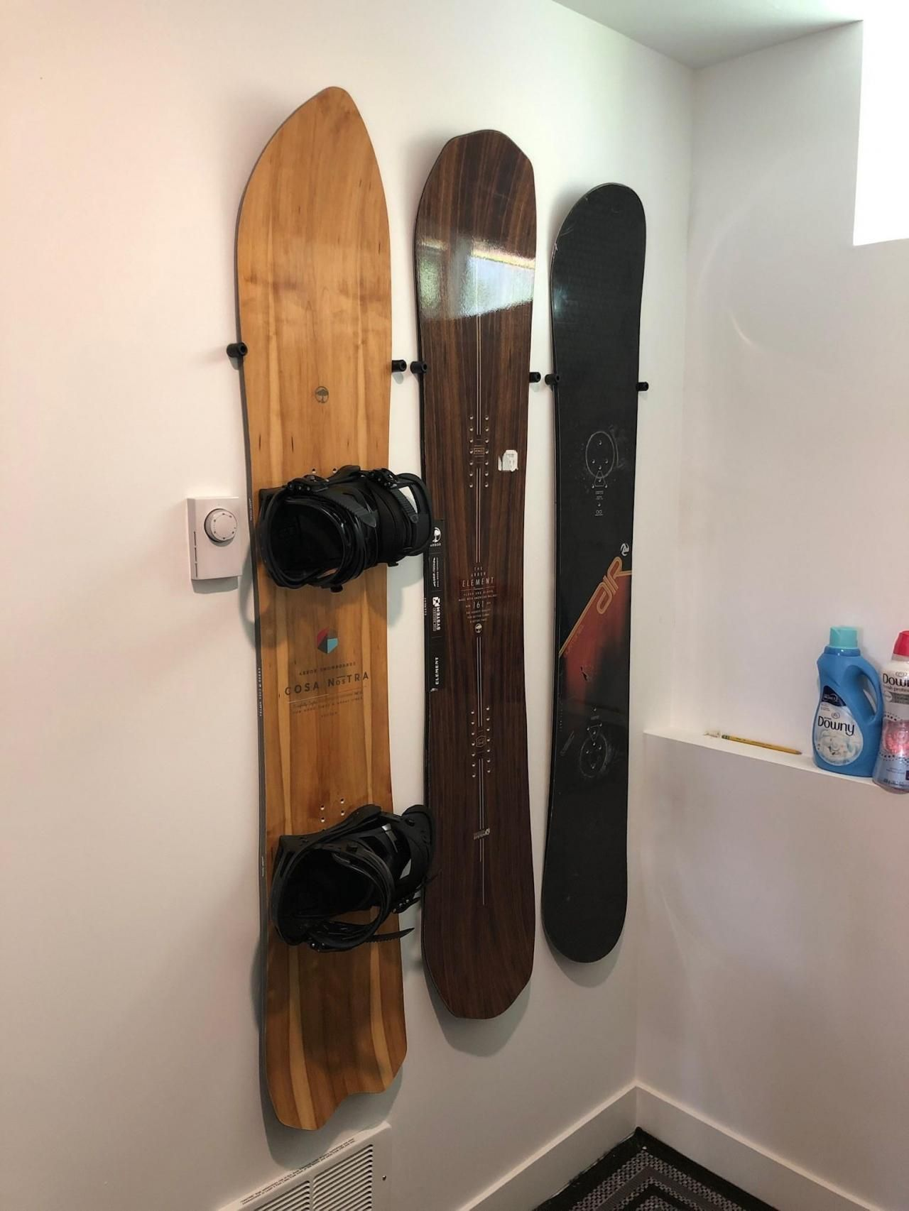 the cinch floating snowboard wall